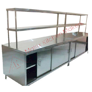 food-pick-up-counter